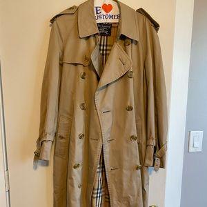 Authentic Burberry nova check trench coat